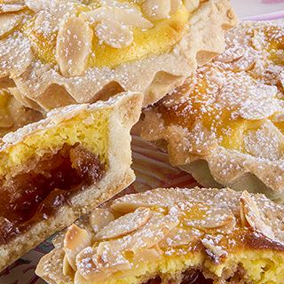 Tartellette all'amaretto